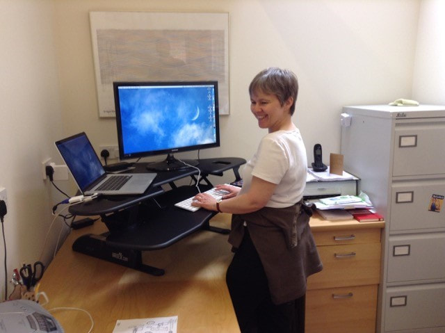 Melanie Thompson, the standing-desk editor